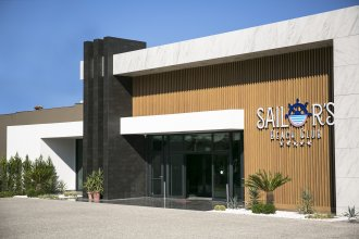 Sailor's Beach Club - All Inclusive