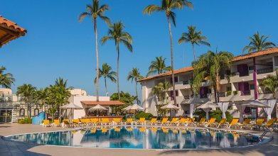 Crown Paradise Club Puerto Vallarta All Inclusive