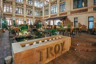 Отель Троя