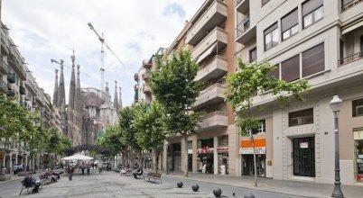 Gaudí Views