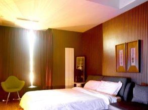 G + Hotel
