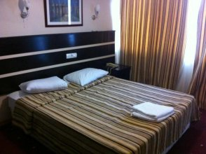 Upon Hotel