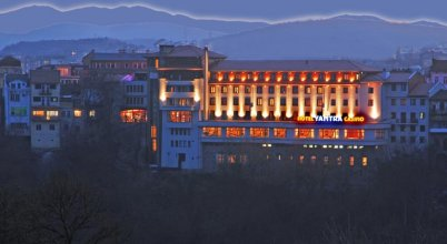 Yantra Grand Hotel -sharlopov Hotels