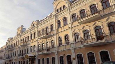 Отель Гарни