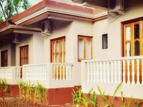 Casa De Royale Resort
