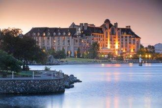 Delta Hotels Victoria Ocean Pointe Resort