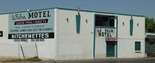 La Palm Motel