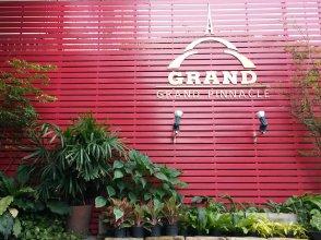 Grand Pinnacle
