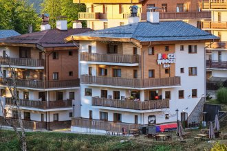 Hotel BoogelWoogel Bar Роза Хутор
