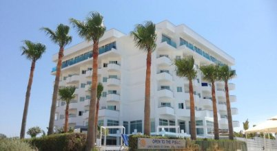 Tasia Maris Sands (Adults Only)