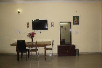Airport Hotel Parikshit Palace
