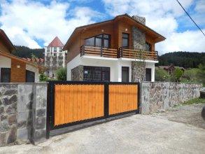 Cottage Sunny Side