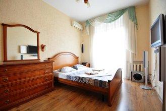 Aparton Krasnaya 22