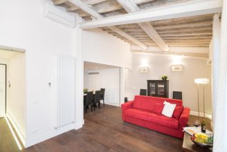 Louisa Apartment