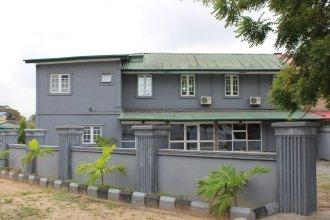 House Nine B Guesthouse