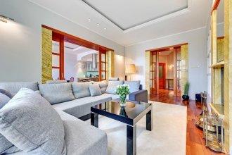Royal Apartments Dream