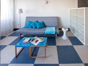 Chic & Basic Urquinaona Apartments