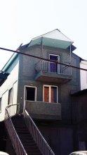 Bari House at Grigor Magistros Ln