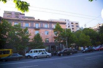 Парк Апартаменты - на улице Арама