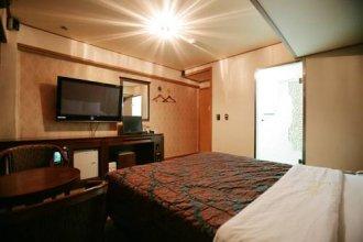 L Hotel Janghanpyeong