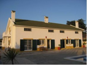 Deluxe Surfhouse Algarve – Surfcamp Portugal