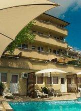 Hotel Czerno More