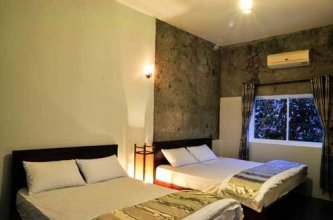 Lotus Hotel Hue
