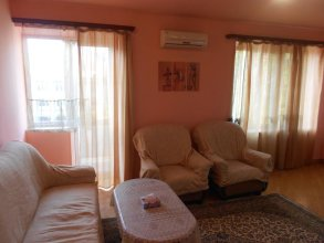 RetroCity Apartments at Abovyan Street