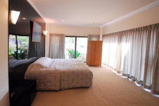 Baan Golden Suite