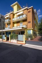 Hotel Ivonne Garnì