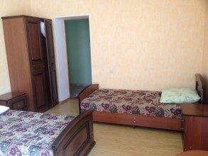 Guest House on Vegetarianskaya