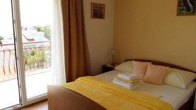 Apartments Jakšić