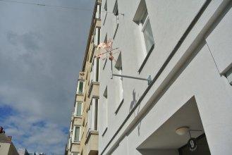 Hahn Boarding Vienna City
