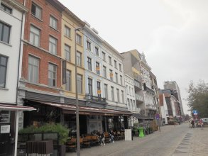 Antwerp Central Flats