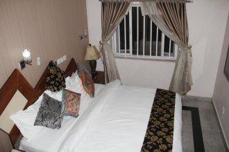 Parischoice Hotels & Resort