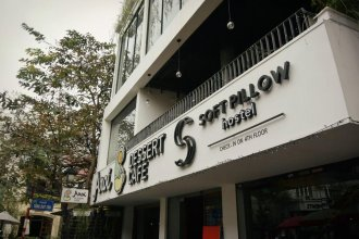 Soft Pillow Hostel - Adults Only
