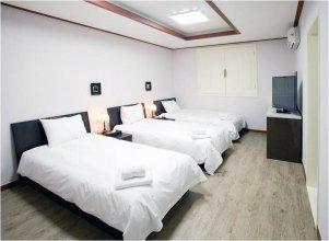 JbIS hotel