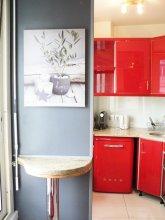Champs Elysée Fully renovated flat