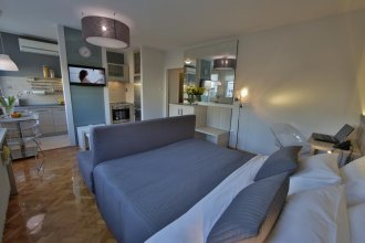 Business & Travel Apartments