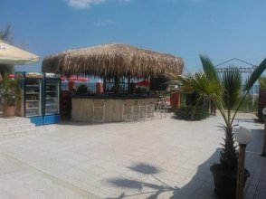 Carina Beach Aparthotel - Free Private Beach