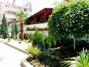 Laguna Guest House
