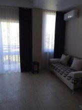 Apartment on Tulpanov