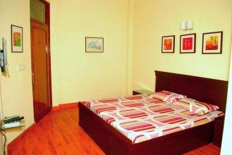 Woodpecker Apartments Hauz khas