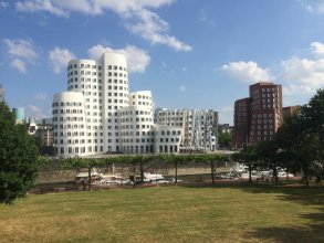 Love your stay in Düsseldorf