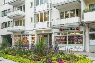 Garden House   & Eastpark Apartments