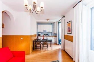 Apartamentos KM1 Opera