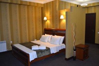 Отель Sololaki