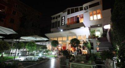 Eagle Hotel