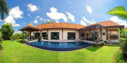 Villa Marama by TropicLook: Kokyang style Nai Harn Beach