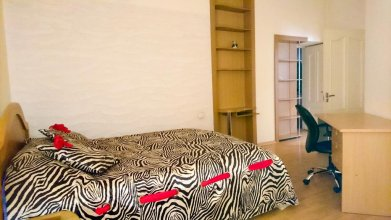 Rent In Yerevan - Apartment On Mashtots Ave.